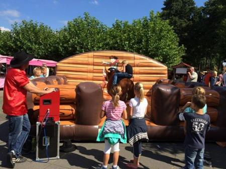 Kids Entertainment : Rodeostier boeken / inhuren